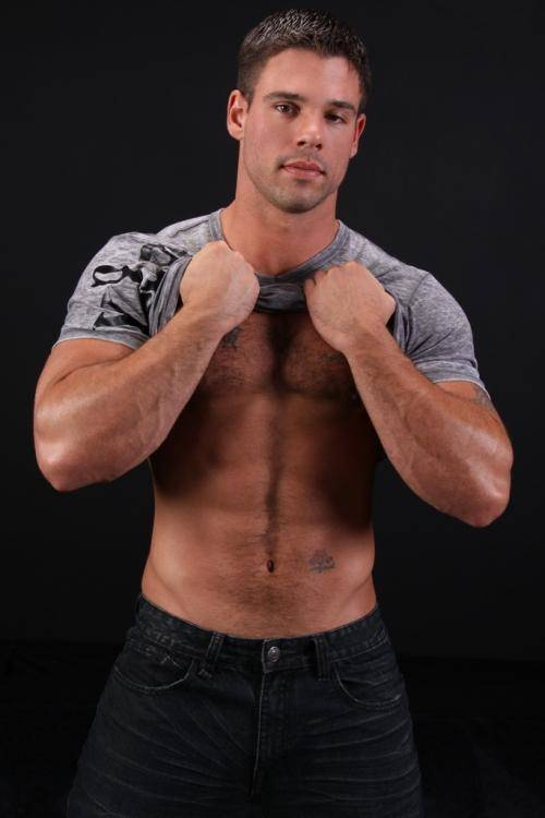 Model Of The Day: HUNKY Derek Atlas (17 shots). Posted by SGT.
