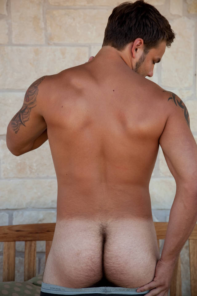 ... -tattoos-muscular-young-jock-scruffy-bush-gorgeous-gay-porn-solo-2