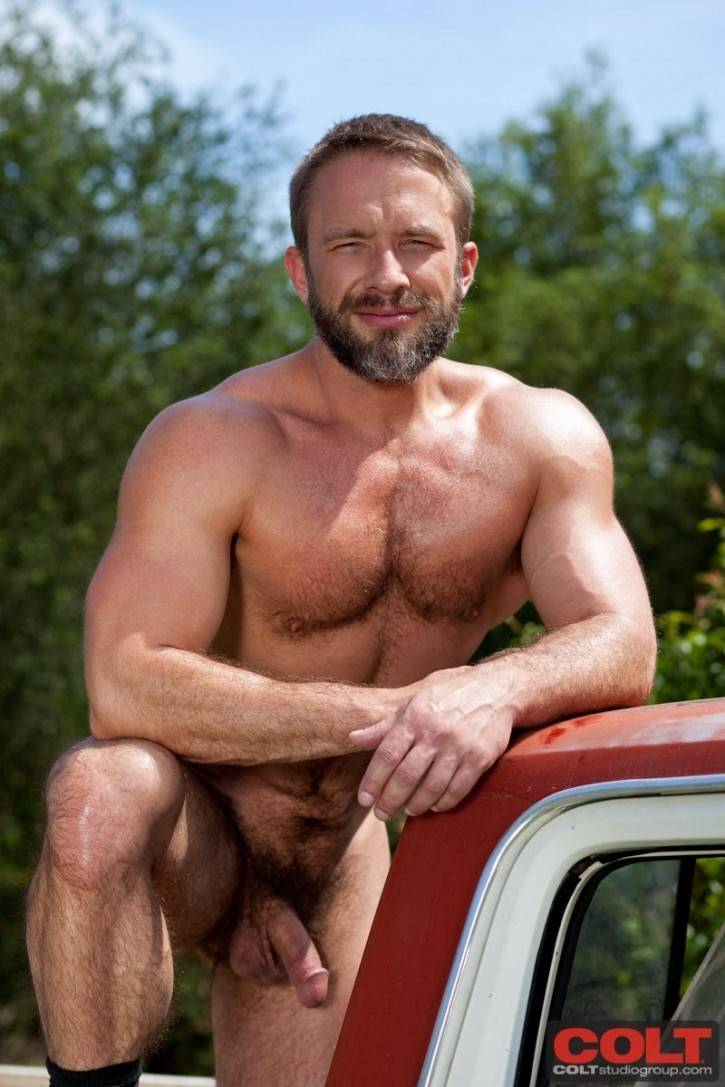 model of the day dirk caber daily squirt