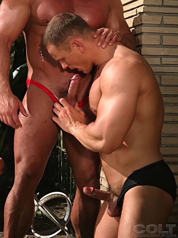 Gay sex sexy leo gets a little wet 4