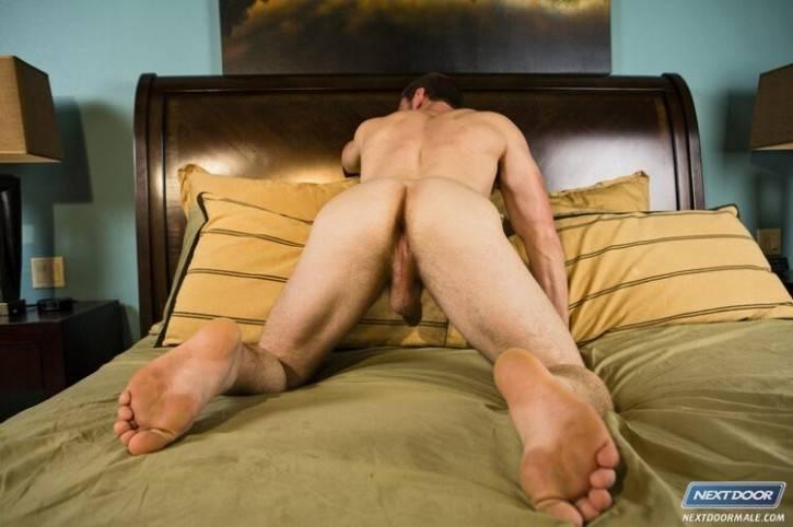 Porn Images Masturbate with full bladder
