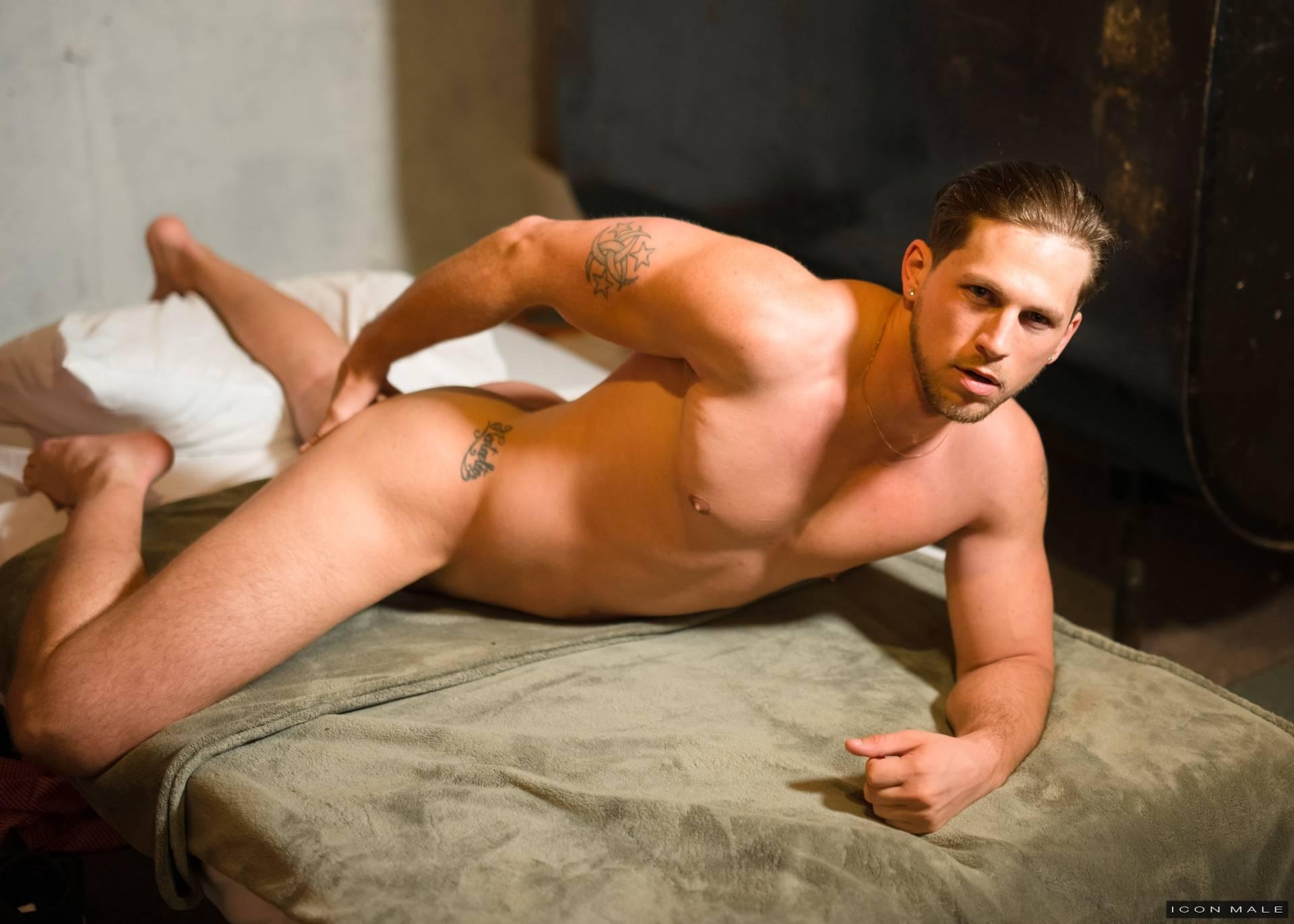 Rome Gay Male Escorts