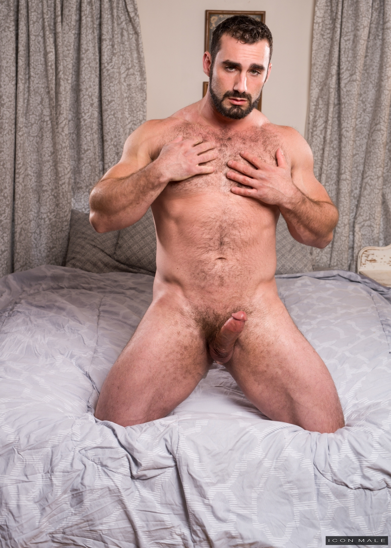 Gay male sucking dick